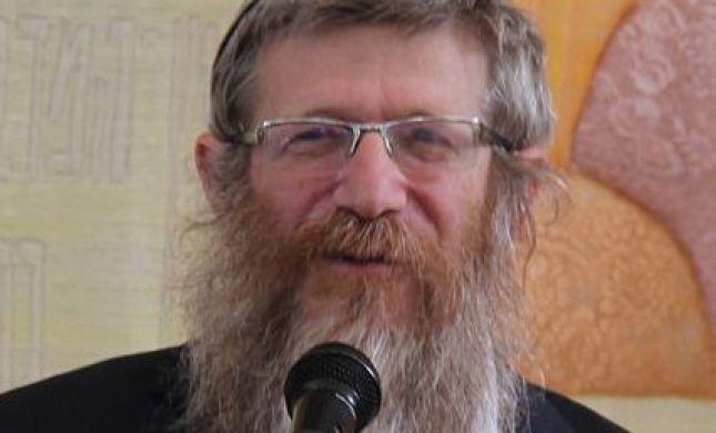 הרבנים התאחדו; נגד הדחת הרב קוסטינר מהצבא