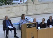 אילנה דיין נגד בנט: השתקה מטעם השלטון. צפו