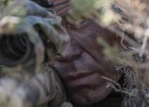 ביקורת סרטים: הצלף • מותחן מלחמתי מפתיע