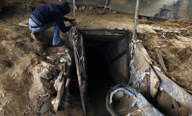 """אונר""""א מחליף כיוון: חשף מנהרת טרור של חמאס"""