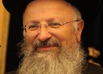 צפו: הרב שמואל אליהו עם הלכות בין המצרים