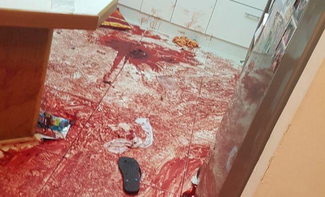 """שו""""ת: האם מותר לפרסם את תמונות הטבח בנווה צוף?"""