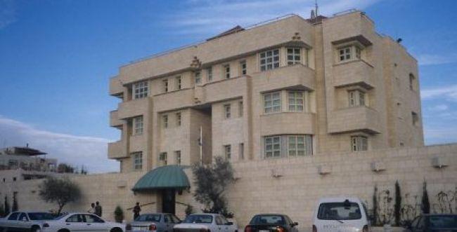 איש האבטחה שנדקר וחיסל מחבל חזר לישראל