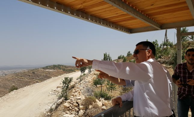 """סער בנתיב האבות: """"להוכיח לגורמים שפונים לבג""""ץ שמדינת ישראל מחזקת ההתישבות"""""""