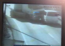 המשאית מועכת את הרכב והורגת 5 נוסעים