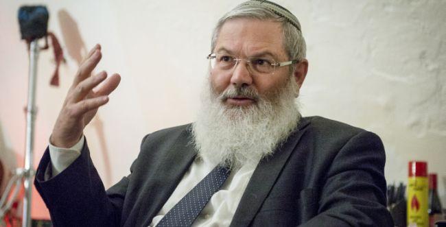 לא יכול להיות ששלושה רבנים יקבעו מי יהודי ומי לא