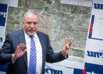 למרות הבטחת שר הביטחון; המאחז הפלסטיני לא פונה