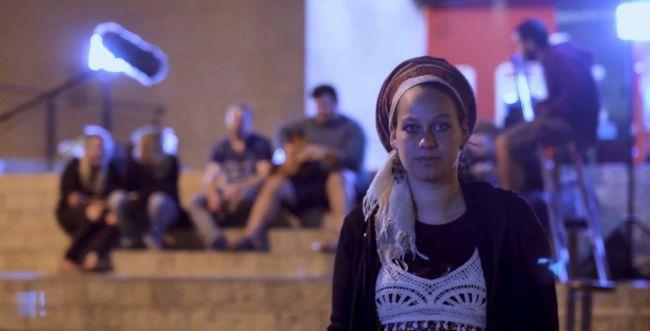 סמים והריון: סיפורה של היוצרת הסרוגה מיד בנימין