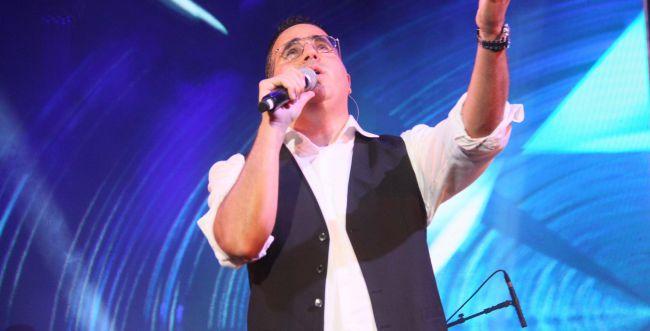 צפו: שוואקי במופע מיוחד לרפואת חולי הקורונה