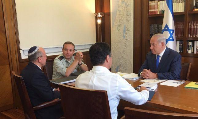 לפני היציאה לרוסיה: נתניהו בהתייעצות ביטחונית סרוגה