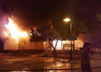הערב: הלווית ספרי התורה שנשרפו במבוא חורון