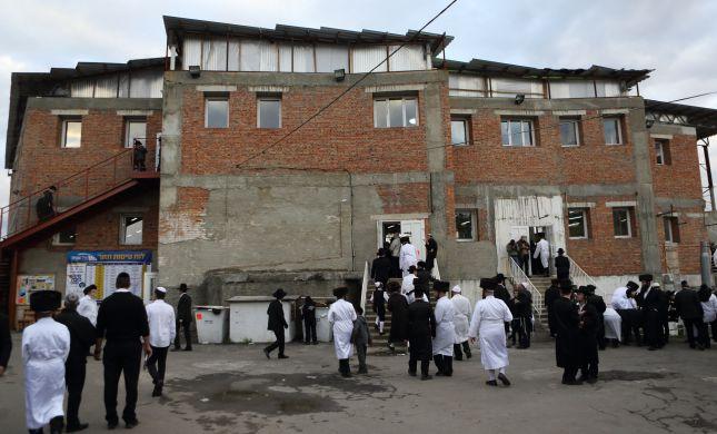 """באומן מבהירים: """"אין תכנון לסגור את גבול אוקראינה"""""""