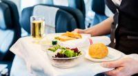 אוכל, חדשות האוכל הפתעה בטיסה: קיבל מנה שתוקפה פג לפני עשור