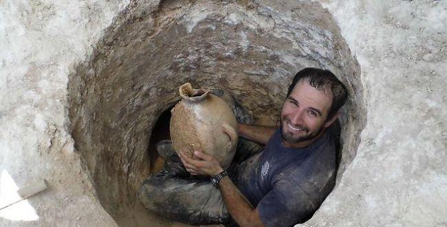 קרפדות ערופות ראש מלפני 4,000 שנה התגלו בי-ם