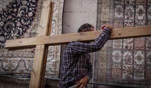 חדשות חרדים ואם יגאל גואטה היה הולך לכנסייה של אחיין שלו?
