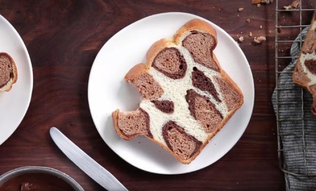 צפו: כך תכינו את הלחם שמשגע את הרשת