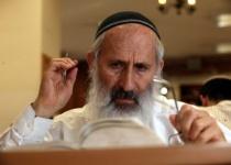הרב אבינר: לא מכיר ישיבות שמפלות בין ספרדי לאשכנזי