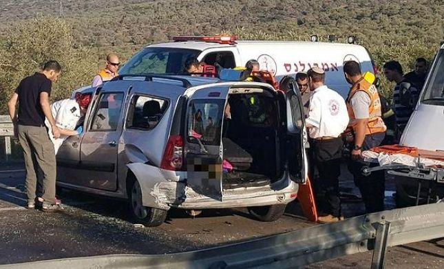 הרוג ופצועים בתאונה בין יקיר לרבבה בשומרון
