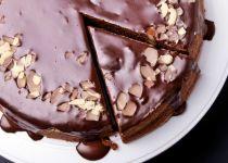 בדיוק כמו שאנחנו אוהבים: עוגת שבת מרשימה וקלה