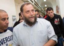 דרמה לילית: בנצי גופשטיין נעצר בפשיטה משטרתית