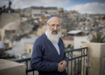 """""""אסור לגייר"""": הרב אבינר בתגובה לרב רא""""ם"""