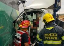 תאונת דרכים קשה בבקעה: הרוג ו- 12 פצועים