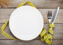 בלי דיאטות: כך תחזרו לגזרה אחרי החגים