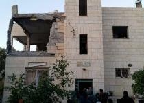 """זעם ברשת: צה""""ל הרס חלקית את בית המחבל"""