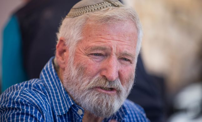 משנים את התקנון: זמביש בדרך לזכיה בפרס ישראל?