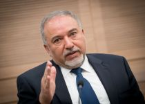 """ליברמן תוקף: """"יש בכנסת נציגים של ארגוני טרור"""""""