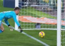 """היה או לא היה? ספרד סוערת בעקבות ה""""גול"""" של מסי.צפו"""