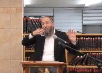 """הרב רימון תוקף: """"אני לא סומך על ההכשר הזה"""". צפו"""