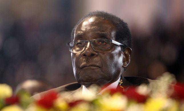מהפכה בזימבבואה: הנשיא הודח על ידי חברי מפלגתו