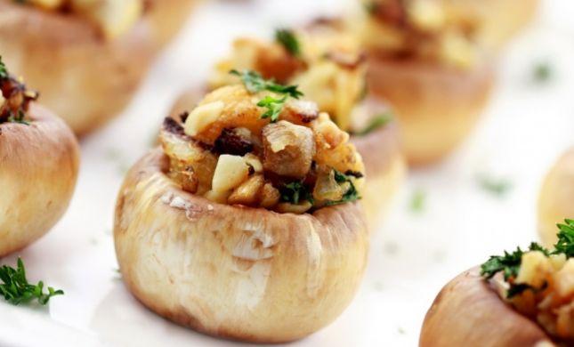 הפתעות קטנות לשבת: מתכון לפטריות ממולאות