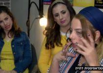 צפו: הקומיקאיות הסרוגות שמצחיקות את נשות המגזר