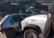 צפו: ג'יפ של המנהל האזרחי מועך רכב של מתיישב