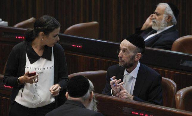 """מקלב תוקף: הבית היהודי? """"לא פועלים למען השבת"""""""