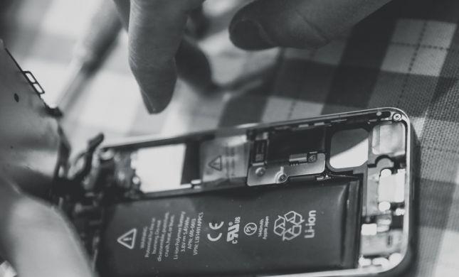 מפתחי הסוללות הנטענות לסמארטפון זכו בפרס נובל