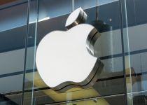אפל מסתבכת: עשרות תביעות הוגשו נגד החברה