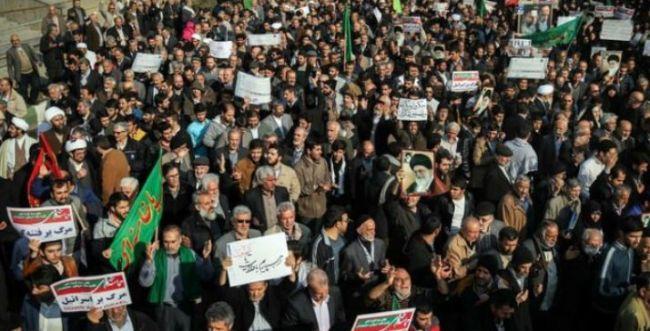המחאות מתגברות: תשעה הרוגים נוספים באיראן