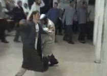 תיעוד מצמרר: שני הנרצחים בריקוד משותף. צפו