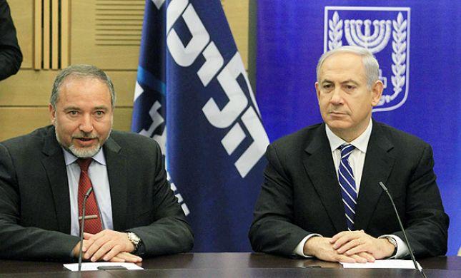 חרף ההסכמות; בישראל ביתנו מאיימים בפרישה מהממשלה