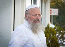 הרב אליהו לבנט: 'מה אתה משיג שאתה תוקף אותי'?