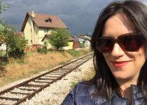 אמילי עמרוסי יוצאת למסע חדש ומפתיע