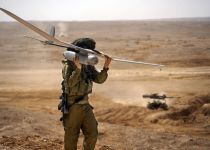 יחידת רוכב שמיים בסיוע להשמדת תותח בסוריה. צפו