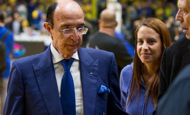 אלכס גלעדי הגיש תביעה נגד שתי עיתונאיות