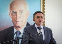 גבאי מעריך: נתניהו לא ימהר לפרק את הממשלה