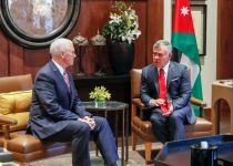 רגע לפני ישראל: מייק פנס נפגש עם מלך ירדן