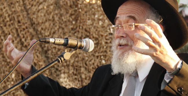 """הרב שהוכה והשתתף בלוויה: """"ר' שמואל היה רך"""""""