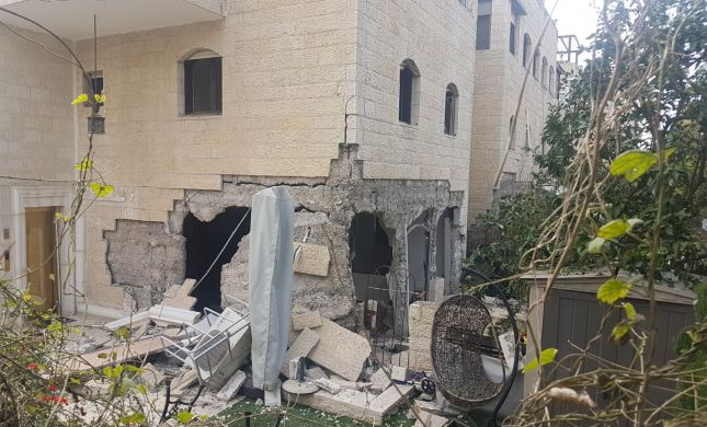 הרוג בפיצוץ בלון גז בירושלים. החניון קרס